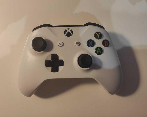 Kontroler Pad Microsoft Xbox ONE SERIES S / X / PC