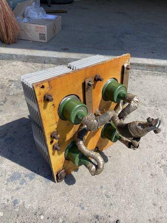 Диоды ВЛ-320 диодный мост рабочий с радиаторами