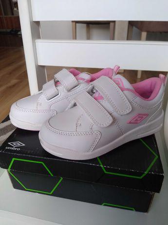 Buty, adidasy dziewczęce Umbro r. 26 nowe