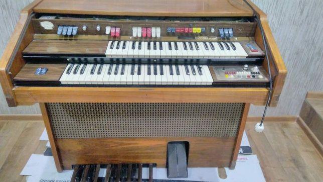 Продам піаніно, органо італійське farfica