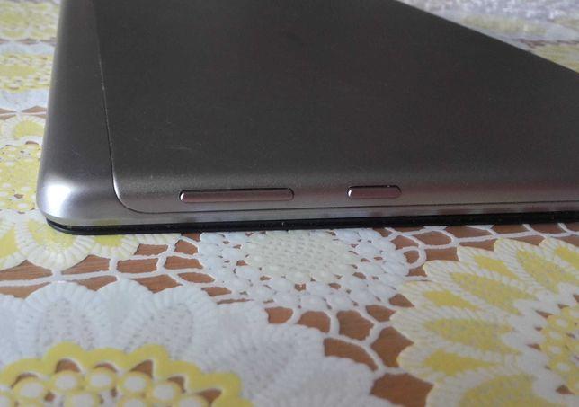 Планшет Huawei AGS-L09