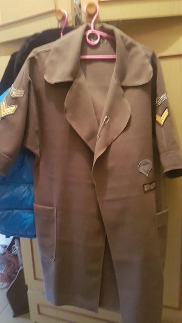 Płaszcz militarny