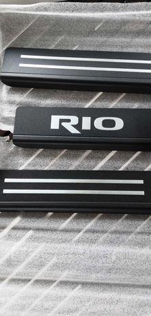 nowe nakładki progowe aluminium listwa kia rio