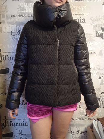 Женская курточка чёрная