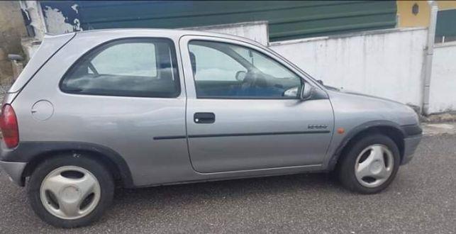 Vendo Opel Corsa B 1.4 SI ás Peças