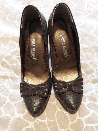 Sapatos senhora 36