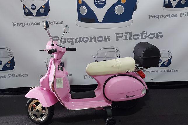 Moto Vespa 12v electrica para crianças rosa NOVA