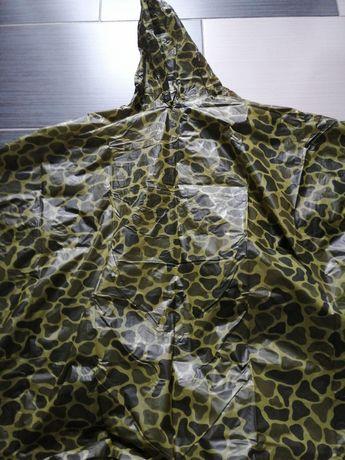 Płaszcz przeciw deszczowy moro nowy