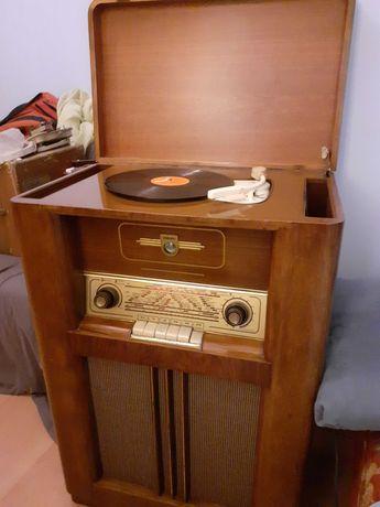 Radiola Philips .Lata 50-te