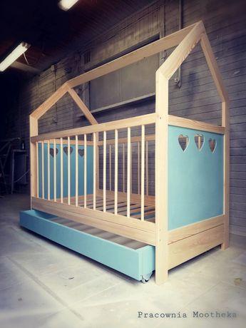 Łóżko drewniane niemowlęce