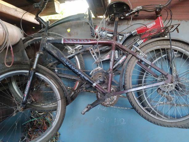 Продам два спортивных велосипеда