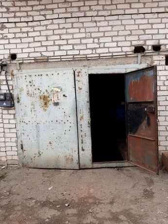 """Капитальный гараж в а/к """"Бугский"""",Сухой фонтан."""