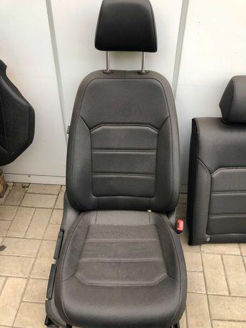 Продам комплект сидений VW Passat B7