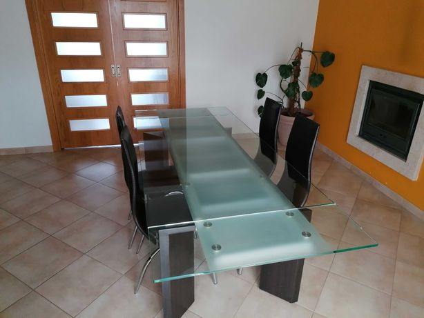 Conjunto Mesa Jantar/Quatro Cadeiras