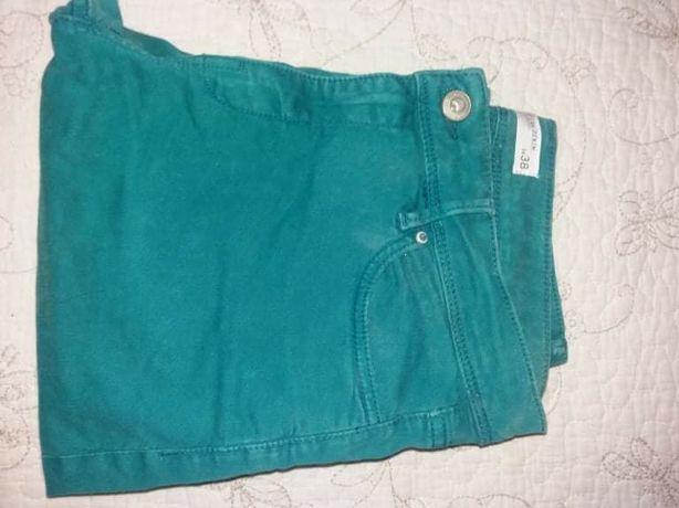 Calças verdes tamanho 38