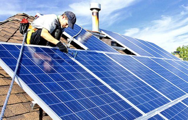 Сонячні батареї. Сонячні панелі. Cолнечные панели. Солнечные батареи.