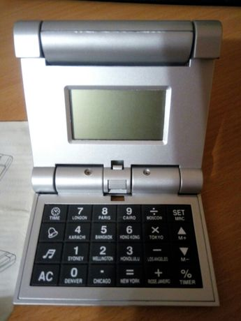 Часы калькулятор