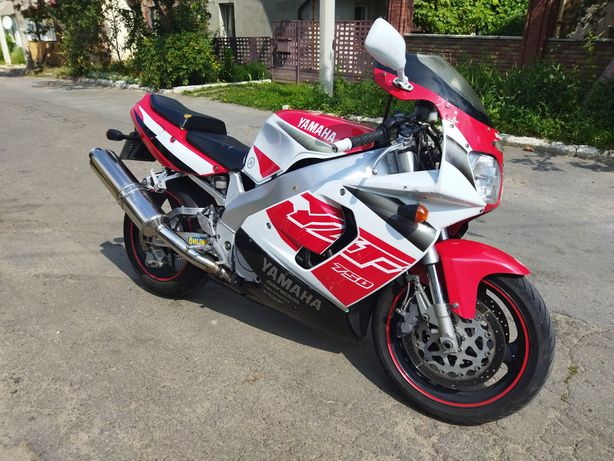 Мотоцикл Yamaha YZF750R 1996