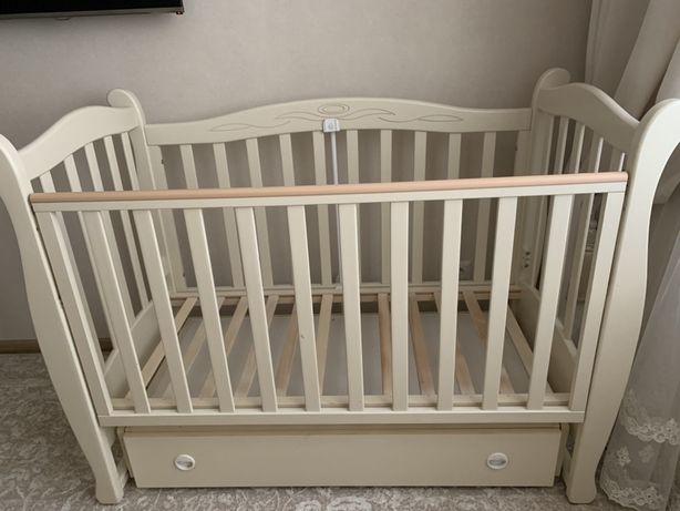 Детская кроватка Верес Соня с маятниковым механизмом