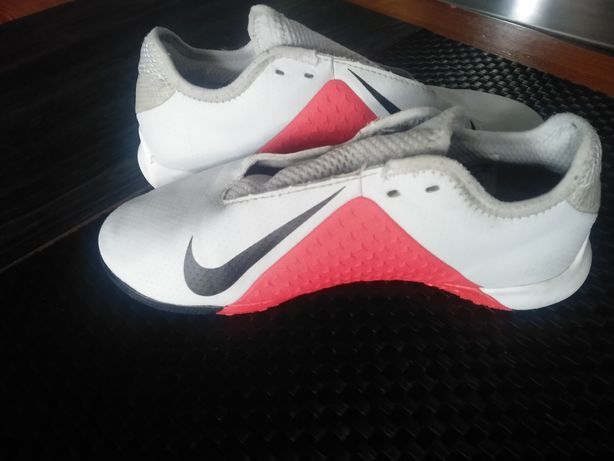 Nike wkł 22 cm