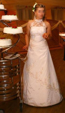 Suknia ślubna z odpinanym trenem, koronka cappuccino