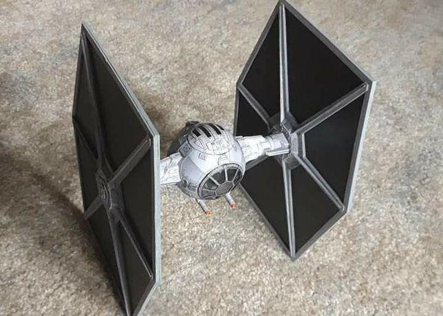 Star Wars Tie Fighter model kartonowy duży
