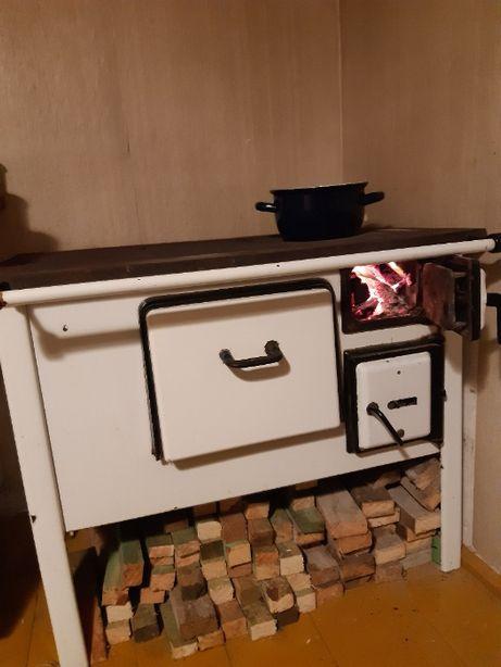 Sprzedam kuchnię węglową przenośną używaną