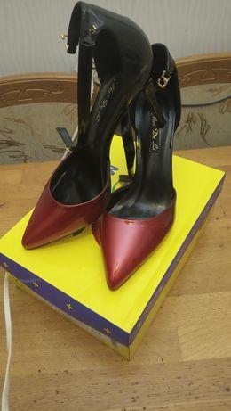 Туфли.       новые