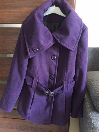 Sprzedam fioletowy płaszczyk XL