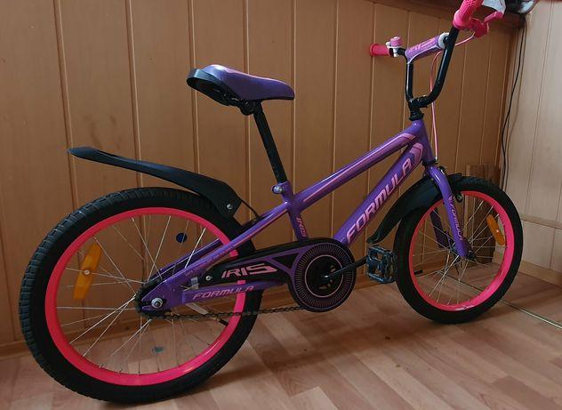 Велосипед детский 16 +шлем в подарок.