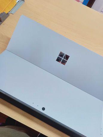 microsoft surface pro 5 i5 - 7300U 8GB-256GB pen+keyboard