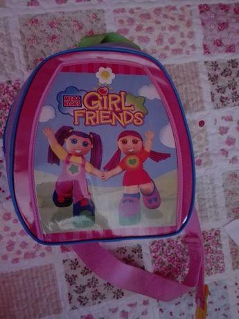 Vendo mochila com bonecas