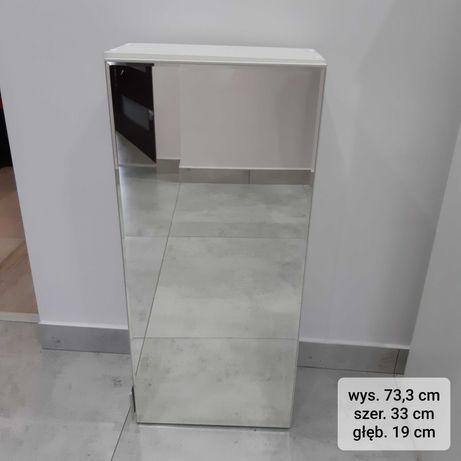 Używana szafka łazienkowa wisząca z lustrem