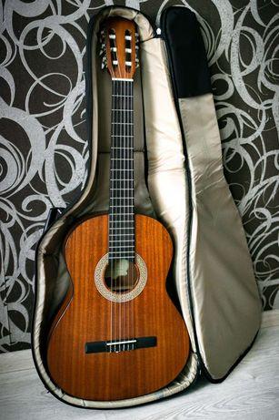 Продам гитару GregBennett