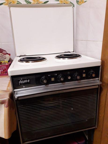 Плита електрическая с духовкой