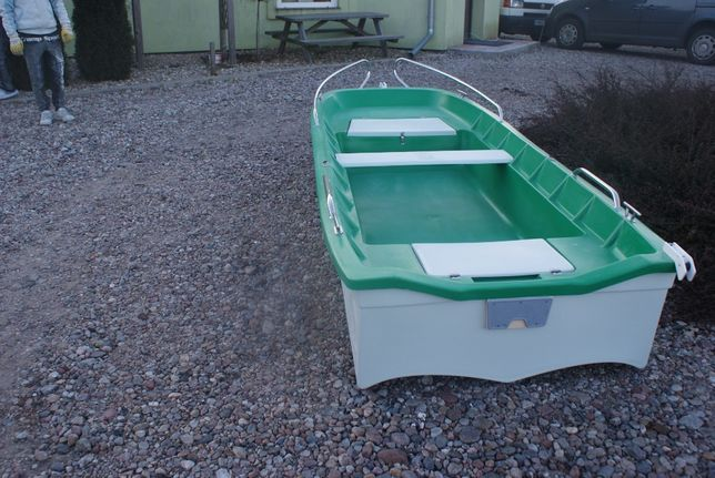 Łódź, łódka wędkarska PRODUCENT Laminex łodzie zimowa promocja