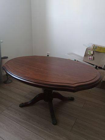 Drewniany stół kawowy