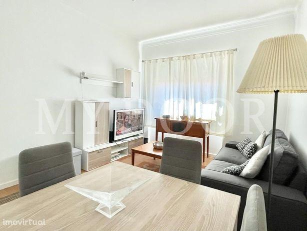 Apartamento T2 - Moscavide - Excelente - Muita Luz