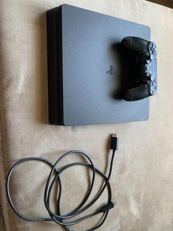 PS4 slim 500gb como nova ( RESERVADA )