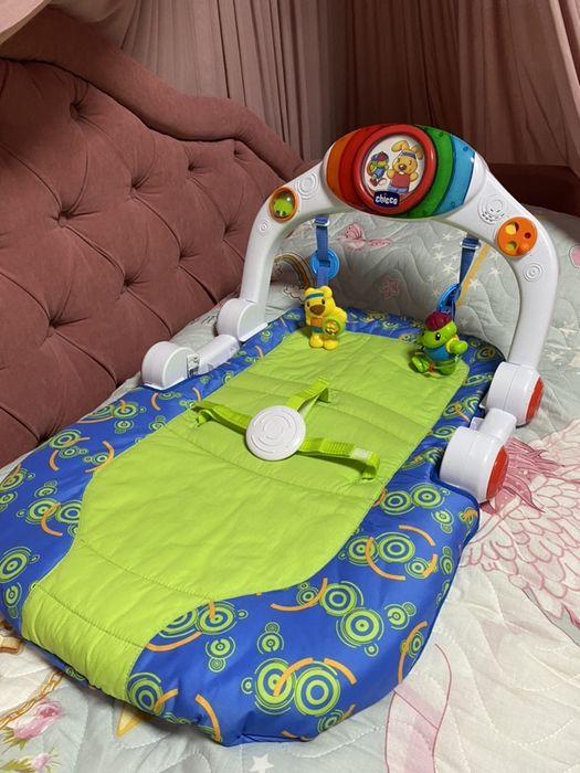 Игравой центр, тренажер, развивающий коврик, шезлонг, лежак Chicco Константиновка - изображение 1