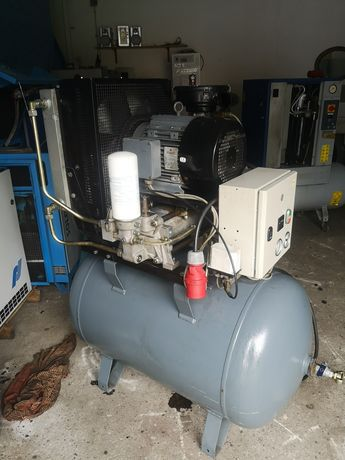 Kompresor srubowy 7,5 kw zbiornik 270l