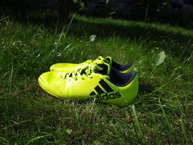Halówki piłkarskie Adidas