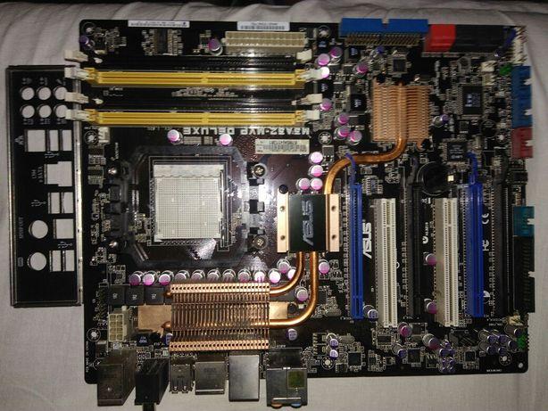 4 Płyty główne Asu i Gigabyte z procesorami.