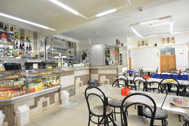 Café/Restaurante para TRESPASSE, nas proximidades do metro Sr. Roubado