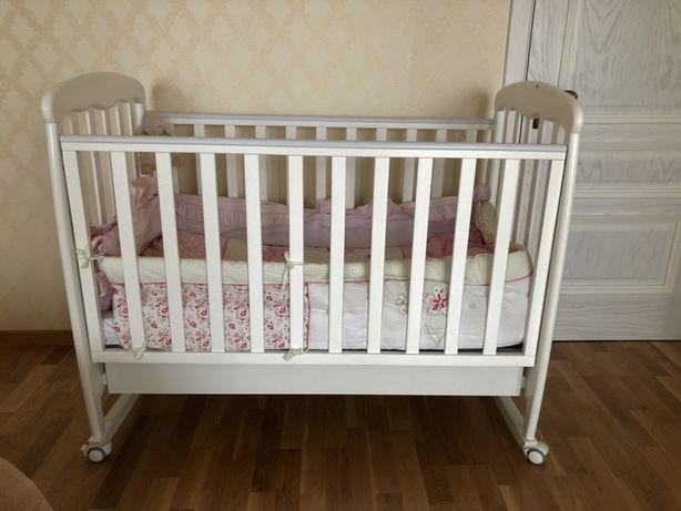 Детская деревянная белая кроватка Верес