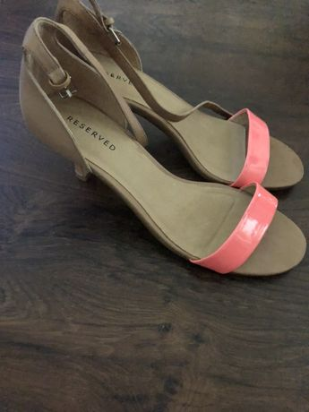 Sandały Reserved 40