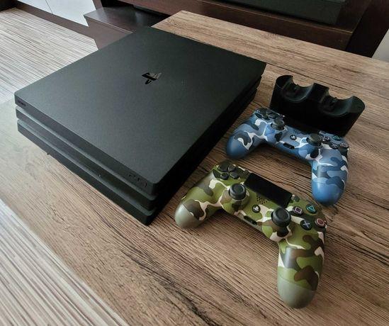 Konsola PS4 Pro / Playstation 4 Pro + 2 pady V2 + ładowarka do padów