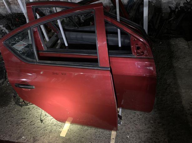 Двери Nissan Versa 2012-18 г