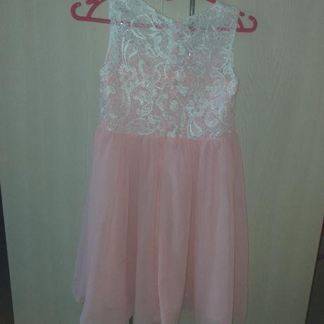 Sukienka dla dziewczyki rozmiar 152