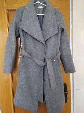 Płaszcz zimowy, rozmiar M
